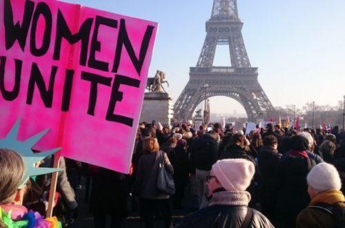 Article : À Paris, des milliers de personnes marchent contre Trump